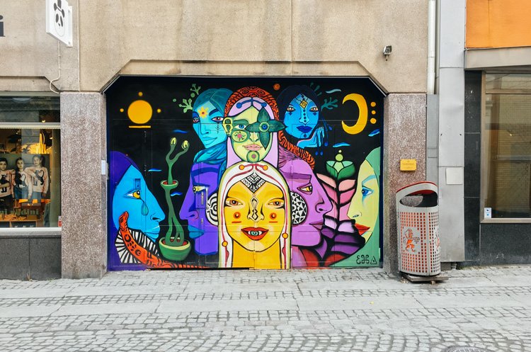 future-positive-street-art-gothenburg-1