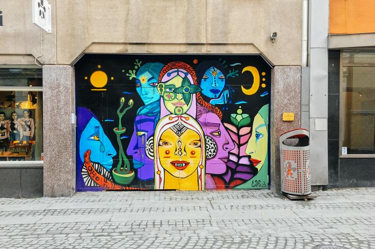 future-positive-street-art-gothenburg-1